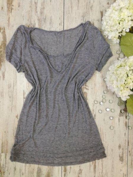Дамска блузка в сиво